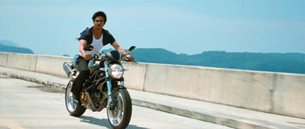 Srk-motorcycle-don2-04