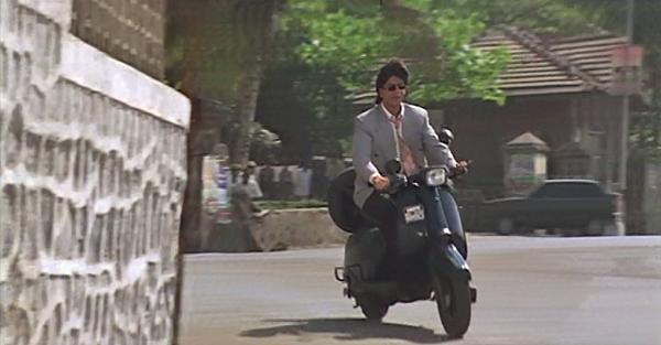 Srk-motorscooter-yesboss-07