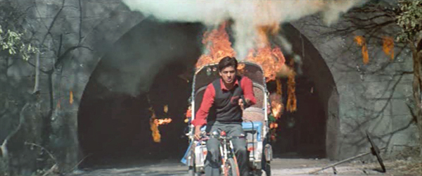 MainHoonNa-BicycleRickshawOfDoom-04