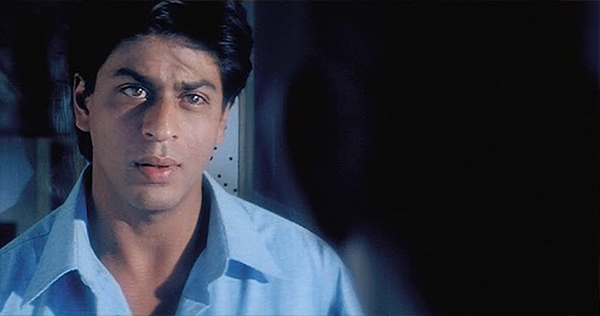 Dilse-swingingdoor-shahrukhkhan-15
