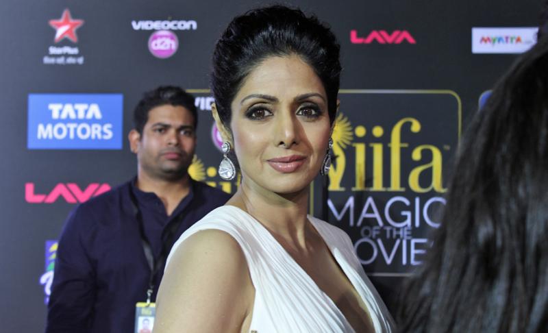 Sridevi-IIFA-2014-MagicOfTheMovies-GreenCarpet-210