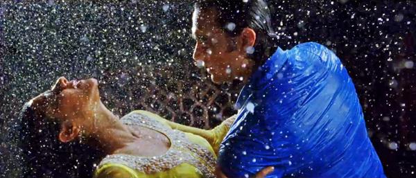 Fanaa-DekhoNaa-Kajol-AamirKhan