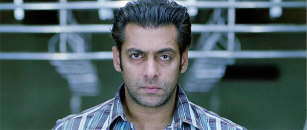 Wanted-TrainRescue-SalmanKhan
