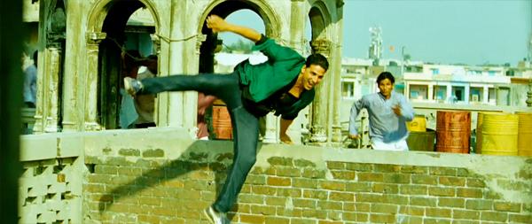 Boss-AkshayKumar-ChandniChowk-Chase-Parkour-13