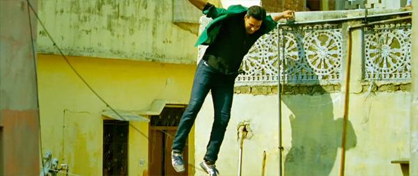 Boss-AkshayKumar-ChandniChowk-Chase-Parkour-15