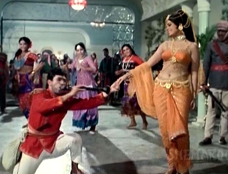 Sachaa-Jhutha-mumtaz