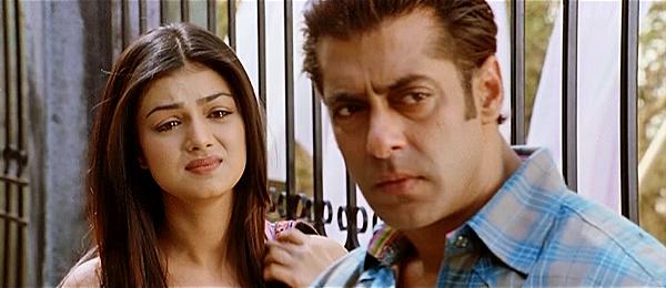 Wanted-SalmanKhan-AyeshaTakia-05