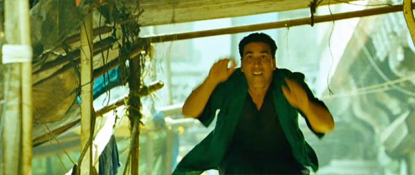 Boss-AkshayKumar-ChandniChowk-Chase-Parkour-16