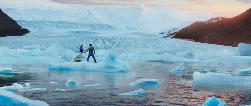 Dilwale_Gerua_IcelandLandscapes_ShahRukhKhan_Kajol-18
