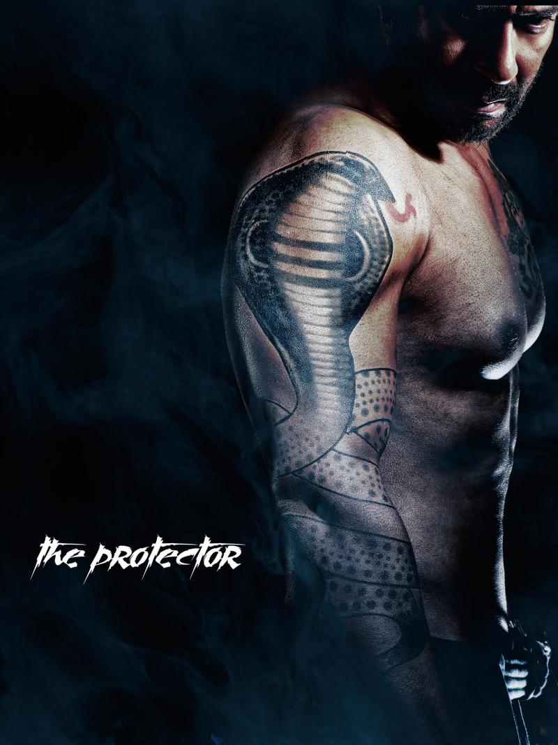 Shivaay-Character-02-AjayDevgn