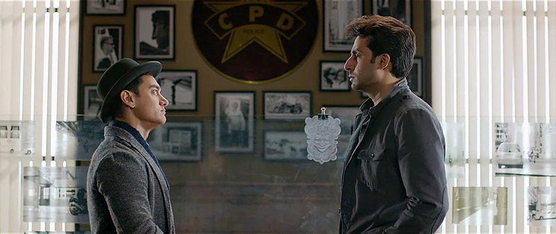 Dhoom3-AamirKhan-03-AbhishekBachchan