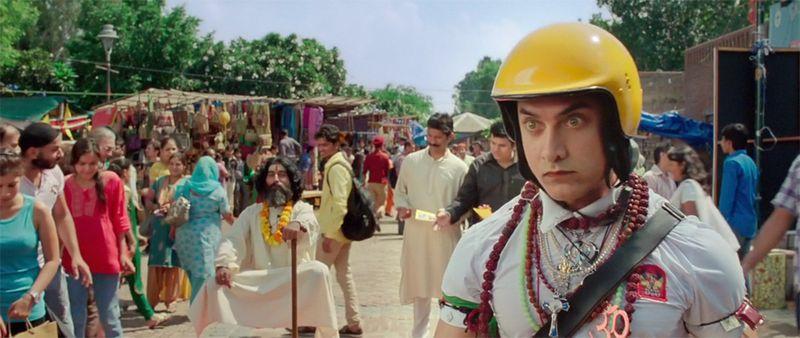 PK-AamirKhan-01
