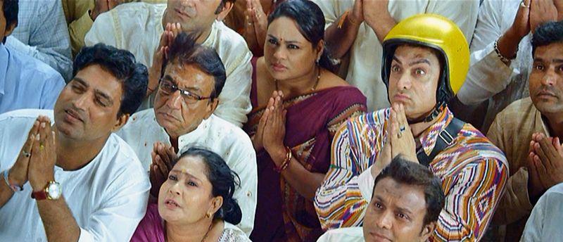PK-BhagwanHaiKahanReTu-AamirKhan-03