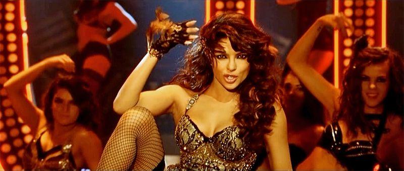 Gunday-PriyankaChopra-01