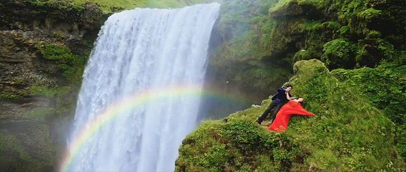 Dilwale_Gerua_IcelandLandscapes_ShahRukhKhan_Kajol-12