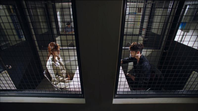 W_TwoWorlds_LeeJongSuk_HanHyoJoo_BleakSituation